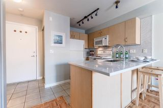 "Photo 4: 311 332 LONSDALE Avenue in North Vancouver: Lower Lonsdale Condo for sale in ""The Calypso"" : MLS®# R2214672"