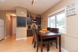 Photo 4: 201 2779 Stautw Rd in SAANICHTON: CS Hawthorne Manufactured Home for sale (Central Saanich)  : MLS®# 774373