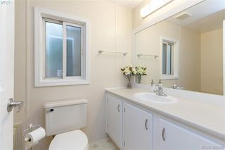 Photo 8: 201 2779 Stautw Rd in SAANICHTON: CS Hawthorne Manufactured Home for sale (Central Saanich)  : MLS®# 774373