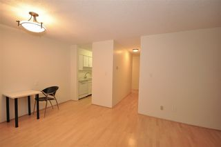 "Photo 4: 104 2190 W 8TH Avenue in Vancouver: Kitsilano Condo for sale in ""WESTWOOD VILLA"" (Vancouver West)  : MLS®# R2227406"