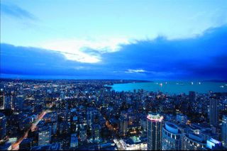"""Photo 8: 6302 1151 W GEORGIA Street in Vancouver: Coal Harbour Condo for sale in """"TRUMP TOWER"""" (Vancouver West)  : MLS®# R2232841"""