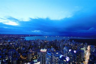 """Photo 2: 6302 1151 W GEORGIA Street in Vancouver: Coal Harbour Condo for sale in """"TRUMP TOWER"""" (Vancouver West)  : MLS®# R2232841"""