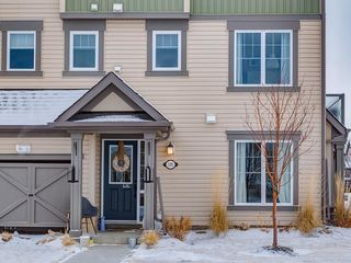 Photo 2: 100 WINDSTONE Link SW: Airdrie House for sale : MLS®# C4163844