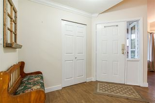 Photo 3: 2775 DEHAVILLAND Place in Abbotsford: Abbotsford West House for sale : MLS®# R2236197