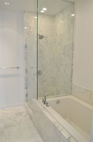 "Photo 10: 310 5199 BRIGHOUSE Way in Richmond: Brighouse Condo for sale in ""RIVER GREEN"" : MLS®# R2236832"
