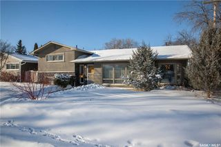 Photo 2: 2402 Hanover Avenue in Saskatoon: Avalon Residential for sale : MLS®# SK717450