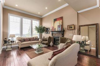 Photo 2: 7932 MAYFIELD STREET in Burnaby: Burnaby Lake House for sale (Burnaby South)  : MLS®# R2220470
