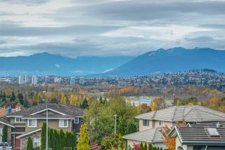 Photo 20: 7932 MAYFIELD STREET in Burnaby: Burnaby Lake House for sale (Burnaby South)  : MLS®# R2220470