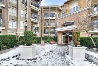 "Photo 3: 120 8915 202 Street in Langley: Walnut Grove Condo for sale in ""HAWTHORNE"" : MLS®# R2242691"