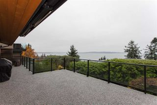 Photo 13: 15514 ROYAL Avenue: White Rock House for sale (South Surrey White Rock)  : MLS®# R2246184