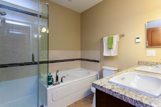 "Photo 10: 616 8067 207 Street in Langley: Willoughby Heights Condo for sale in ""Yorkson Creek - Parkside 1"" : MLS®# R2249877"