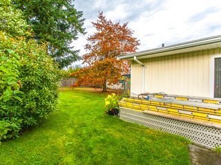 Photo 2: 225 Evergreen Street in Parksville: House for sale : MLS®# 382615