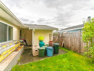 Photo 3: 225 Evergreen Street in Parksville: House for sale : MLS®# 382615