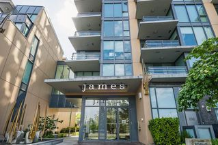 Photo 1: 258 W 1ST Avenue in Vancouver: False Creek Townhouse for sale (Vancouver West)  : MLS®# R2270657
