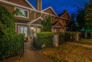 "Photo 1: 62 620 QUEENS Avenue in New Westminster: Uptown NW Townhouse for sale in ""ROYAL CITY TERRACE"" : MLS®# R2276079"