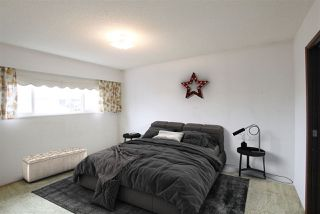 Photo 9: 2059 E 54TH Avenue in Vancouver: Killarney VE House for sale (Vancouver East)  : MLS®# R2292030