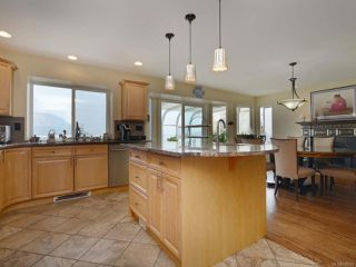 Photo 12: 461 Seaview Way in COBBLE HILL: ML Cobble Hill House for sale (Malahat & Area)  : MLS®# 795231