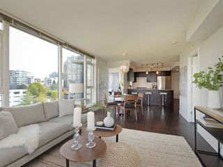 """Photo 4: 906 1650 W 7TH Avenue in Vancouver: Fairview VW Condo for sale in """"Virtu"""" (Vancouver West)  : MLS®# R2307388"""