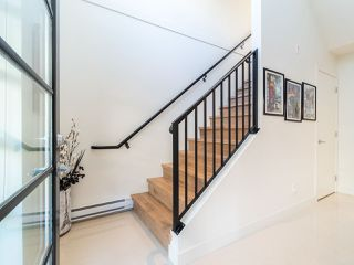 """Photo 16: 7 265 E 8TH Street in North Vancouver: Central Lonsdale Townhouse for sale in """"Walker Park Mews"""" : MLS®# R2322419"""