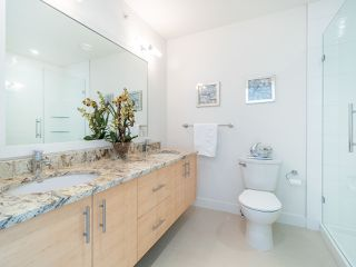 """Photo 12: 7 265 E 8TH Street in North Vancouver: Central Lonsdale Townhouse for sale in """"Walker Park Mews"""" : MLS®# R2322419"""