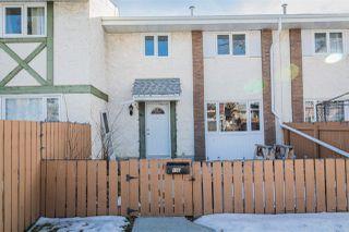 Main Photo: 15E CALLINGWOOD Court in Edmonton: Zone 20 Townhouse for sale : MLS®# E4136007