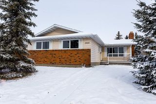 Main Photo:  in Edmonton: Zone 27 House for sale : MLS®# E4136521