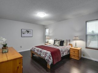 """Photo 13: 13863 80A Avenue in Surrey: East Newton House for sale in """"NEWTON"""" : MLS®# R2327669"""