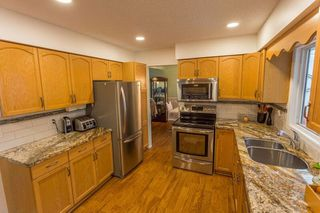 Photo 5: 45219 MONTCALM Road in Sardis: Sardis West Vedder Rd House for sale : MLS®# R2330857