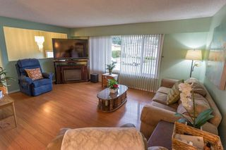 Photo 3: 45219 MONTCALM Road in Sardis: Sardis West Vedder Rd House for sale : MLS®# R2330857