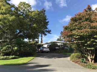 Main Photo: 5327 UPLAND Drive in Delta: Cliff Drive House for sale (Tsawwassen)  : MLS®# R2333940