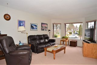 """Photo 2: 15647 94A Avenue in Surrey: Fleetwood Tynehead House for sale in """"Belair Estates"""" : MLS®# R2339822"""