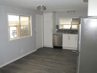 Photo 3: 50 24330 FRASER Highway in Langley: Otter District Manufactured Home for sale : MLS®# R2340623