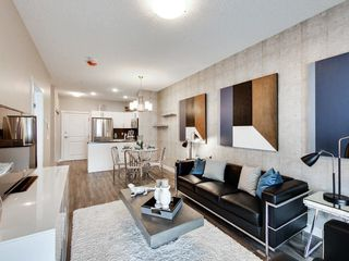 Photo 3: 106 12804 140 Avenue in Edmonton: Zone 27 Condo for sale : MLS®# E4144156