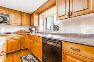 Photo 10: 307 DOUGLASBANK Place SE in Calgary: Douglasdale/Glen Detached for sale : MLS®# C4232751