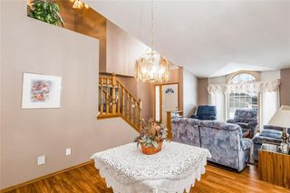 Photo 7: 307 DOUGLASBANK Place SE in Calgary: Douglasdale/Glen Detached for sale : MLS®# C4232751