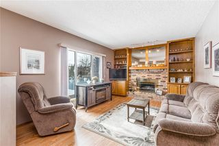 Photo 17: 307 DOUGLASBANK Place SE in Calgary: Douglasdale/Glen Detached for sale : MLS®# C4232751