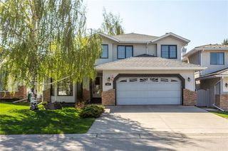 Photo 1: 307 DOUGLASBANK Place SE in Calgary: Douglasdale/Glen Detached for sale : MLS®# C4232751