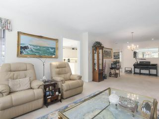 "Photo 4: 102 1280 55 Street in Delta: Cliff Drive Condo for sale in ""SANDPIPER"" (Tsawwassen)  : MLS®# R2351025"