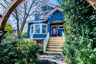 Photo 2: 1343 LAKEWOOD Drive in Vancouver: Grandview VE House for sale (Vancouver East)  : MLS®# R2356069