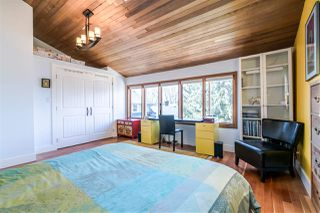 Photo 10: 1343 LAKEWOOD Drive in Vancouver: Grandview VE House for sale (Vancouver East)  : MLS®# R2356069