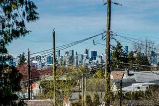 Photo 20: 1343 LAKEWOOD Drive in Vancouver: Grandview VE House for sale (Vancouver East)  : MLS®# R2356069