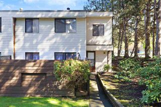 """Main Photo: 14 14141 104 Avenue in Surrey: Whalley Townhouse for sale in """"HAWTHORNE PARK"""" (North Surrey)  : MLS®# R2360772"""