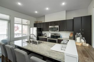 """Photo 6: 40 6036 164 Street in Surrey: Cloverdale BC Townhouse for sale in """"ARBOUR VILLAGE"""" (Cloverdale)  : MLS®# R2363902"""
