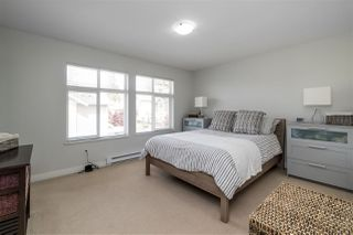 """Photo 13: 40 6036 164 Street in Surrey: Cloverdale BC Townhouse for sale in """"ARBOUR VILLAGE"""" (Cloverdale)  : MLS®# R2363902"""
