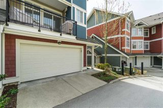 """Photo 2: 40 6036 164 Street in Surrey: Cloverdale BC Townhouse for sale in """"ARBOUR VILLAGE"""" (Cloverdale)  : MLS®# R2363902"""