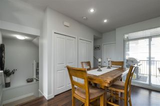 """Photo 4: 40 6036 164 Street in Surrey: Cloverdale BC Townhouse for sale in """"ARBOUR VILLAGE"""" (Cloverdale)  : MLS®# R2363902"""