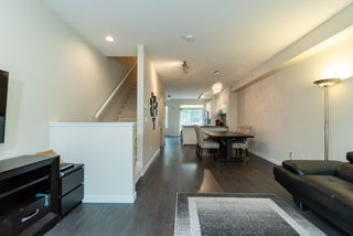 """Photo 4: 14 1338 HAMES Crescent in Coquitlam: Burke Mountain Townhouse for sale in """"Farrington"""" : MLS®# R2366567"""