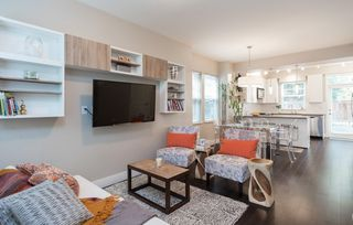 """Photo 2: 1815 CHARLES Street in Vancouver: Grandview Woodland Townhouse for sale in """"Jeffs Residences"""" (Vancouver East)  : MLS®# R2369340"""