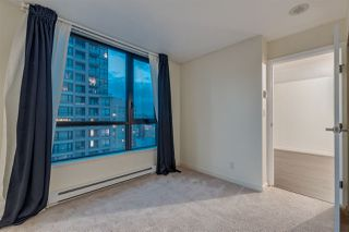 "Photo 11: 2603 977 MAINLAND Street in Vancouver: Yaletown Condo for sale in ""Yaletown Park 3"" (Vancouver West)  : MLS®# R2370167"