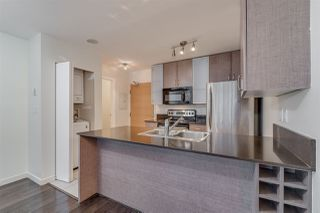 "Photo 10: 2603 977 MAINLAND Street in Vancouver: Yaletown Condo for sale in ""Yaletown Park 3"" (Vancouver West)  : MLS®# R2370167"